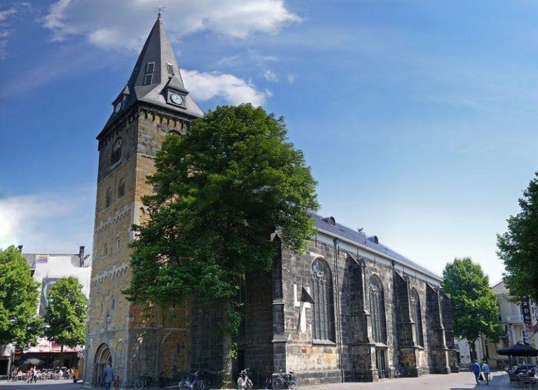 Grote-Kerk-Enschede-Locaties-Boenders-Catering-768x557